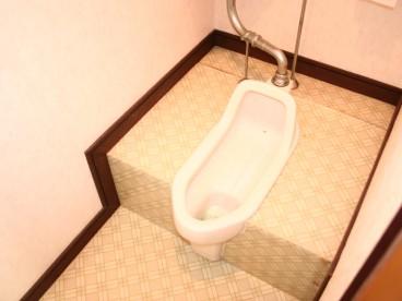 トイレは和式になります。その分、家賃を2万円代に設定しています。