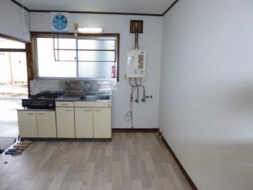 広めの台所。3万円代でこの広さはなかなか無いですよね。