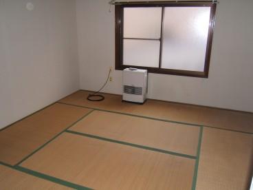 写真の部屋は和室になります。 洋室の部屋もあります。 詳しくはお問合せ下さい。