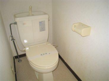 洋式トイレは温便座♪