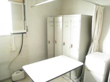 バックルームです。 更衣室として使用できるかな?
