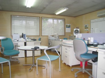 事務所内はこのような感じです。