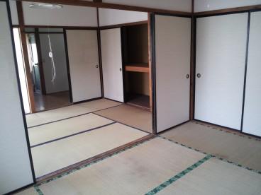 和室は二間続き、広々使えます!