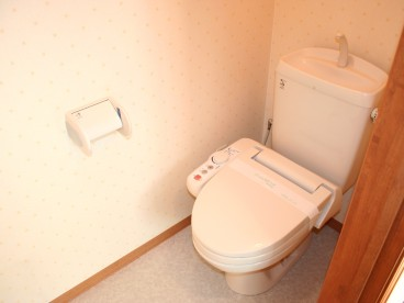 トイレは単独式になります。