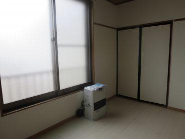 白を基調とした室内