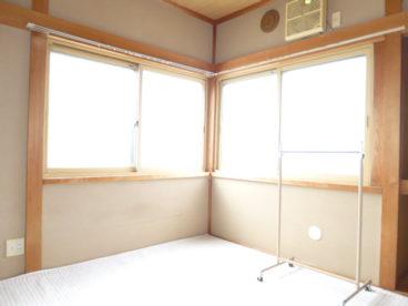 2階の明るいお部屋です。