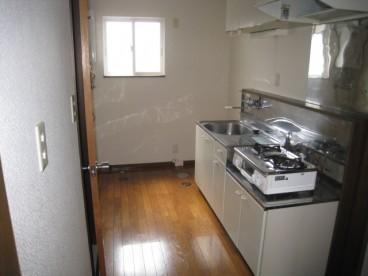 キッチンです。コンロ付です。  ※部屋により無い部屋もあります。