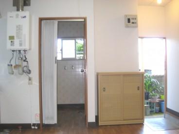 靴箱付の玄関です。収納に差が出ます。