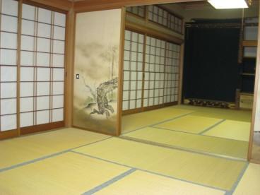 広~い。和室です。多数のお客様をおもてなし可能です。