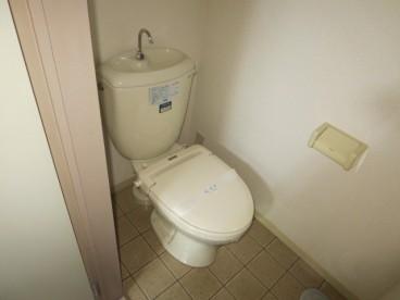 トイレは洋室です^^