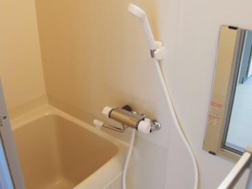 お風呂はこんな感じです^^