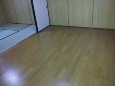 2階のフローリングのお部屋です。