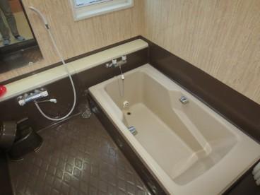 ひろーいお風呂ですよ^^