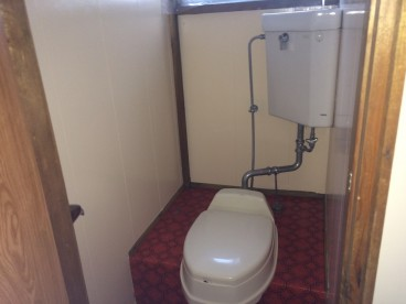 トイレはこんな感じです!!
