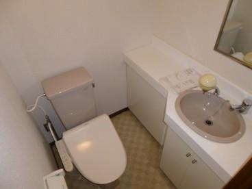 ホテルのようなトイレです^^
