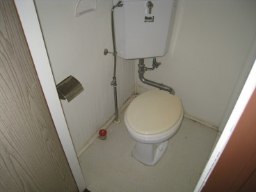 お年寄りにも優しい洋式トイレです。