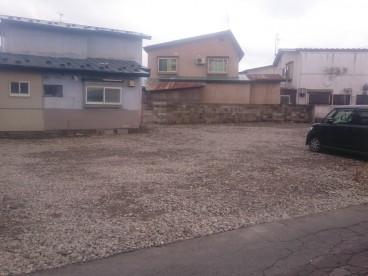 松原西長谷川様駐車場の外観