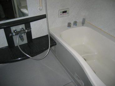 1件屋用のお風呂がはいってます