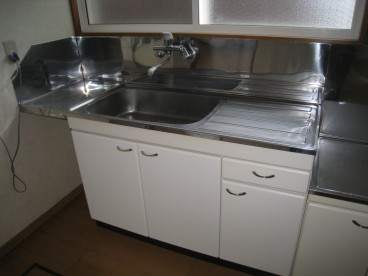 キッチンは1Fのお部屋との動線がいいので、スムーズに食卓を囲めます