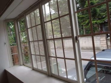 オシャレな出窓です