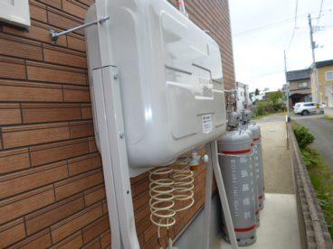 灯油は自動配管。 給油の手間が省けます