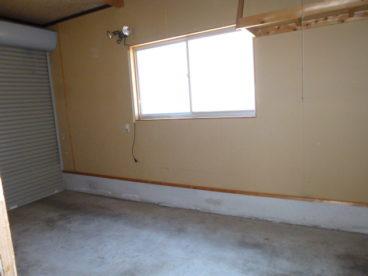 車庫がありますよ。あると便利ですよね!