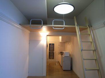 ロフト付き物件なので空間を利用した収納も可能です