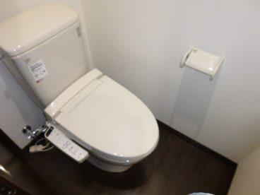 トイレはウォシュレット標準装備
