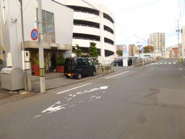 イトーヨーカドー立体駐車場が向かいにあります