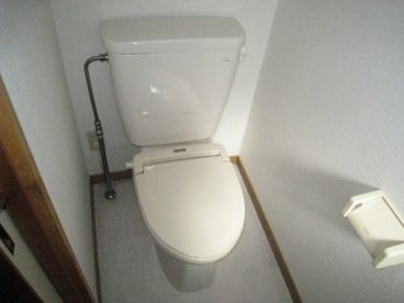 2階にもトイレありますよ