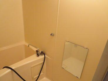 浴室は単独ユニットバスです