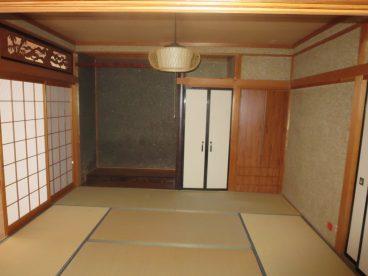 8畳の和室。和室なので小さいお子様を遊ばせても安心