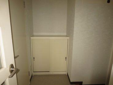 玄関には靴箱も完備されてます