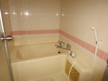 暖色系の浴室、いかがでしょう?