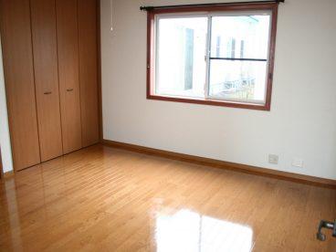 お部屋はリビングとつながってますので、動線がいいですよ。