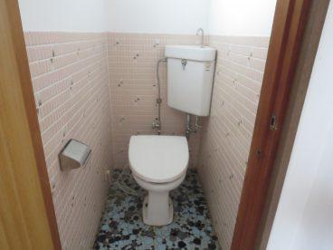 トイレはあったか暖房便座。