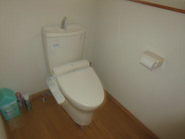 トイレはウォシュレット完備。(共用設備)