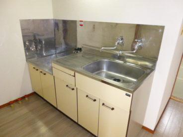 清潔感のある綺麗なキッチンスペースです。