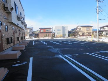 水融雪の駐車場、冬の除雪が軽減されます