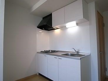 キッチンもホワイトで統一