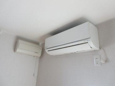 エアコンにロスナイ完備。快適に過ごせますね