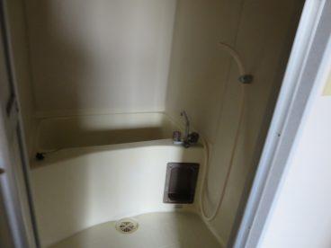 浴室は単独ユニット