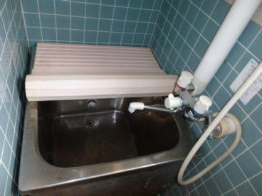 コンパクトなお風呂です。