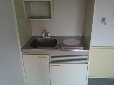 IHエアコンと洗濯機置き場もあります。