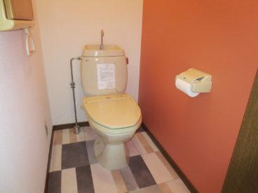 明るいトイレですね☆