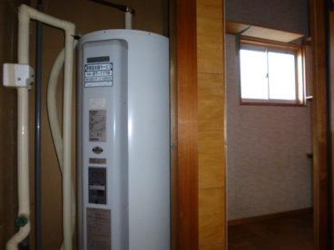 電気温水器なので、お湯を使ってもガス代はかかりません^^