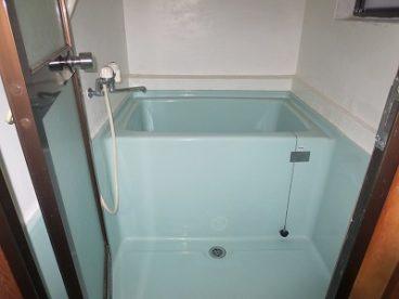 浴室はシングルタイプ