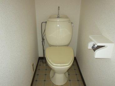 トイレと浴室は別なのがうれしい! 清潔感ありますね!