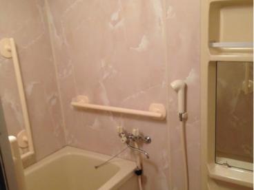 浴室はユニットです
