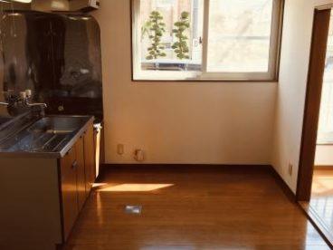 キッチンに窓があると明るくて気分も上がります
